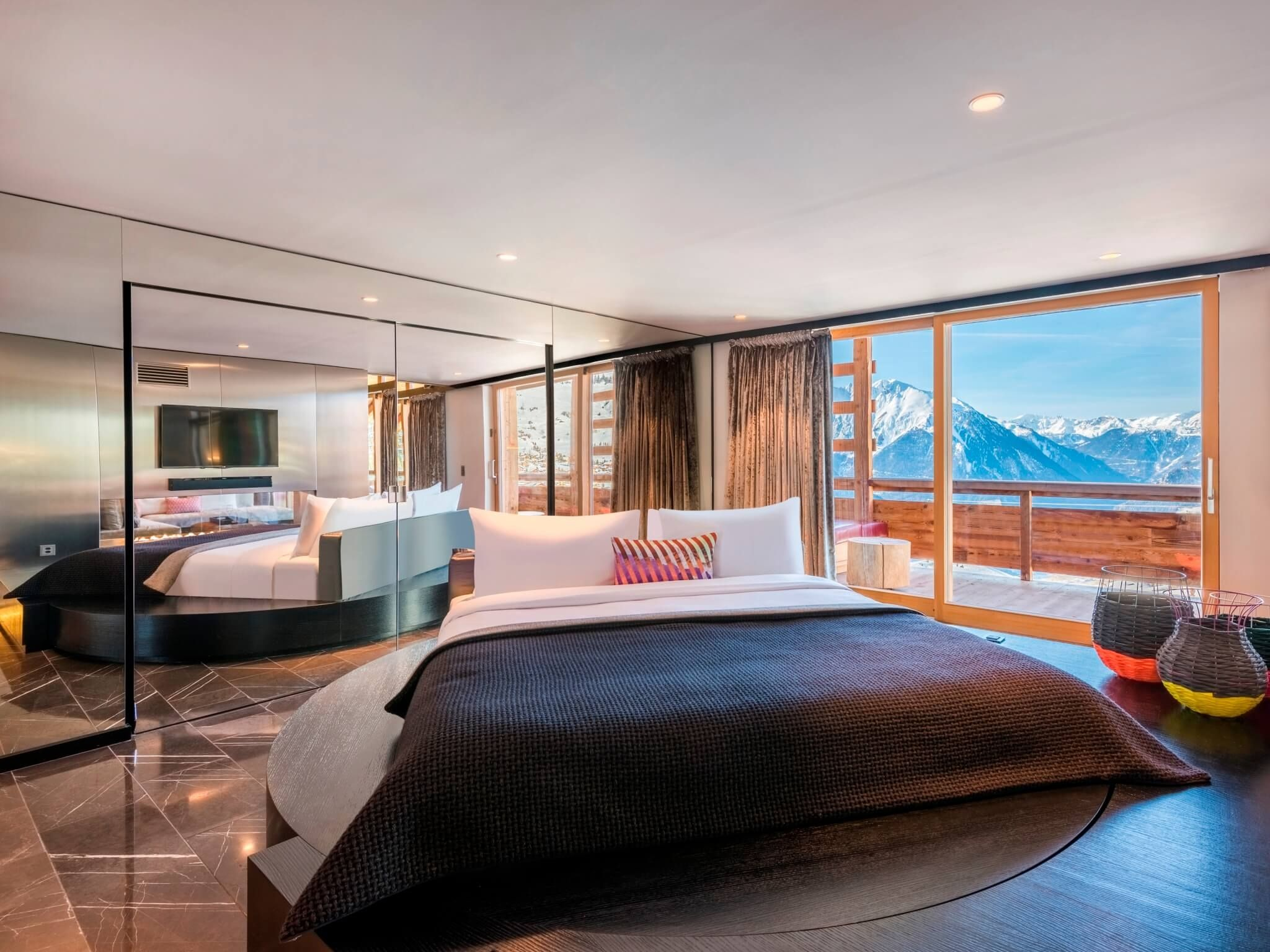 W Verbier Rooms & Suites